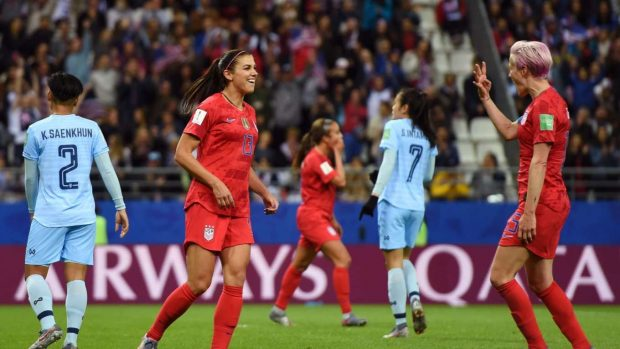 Alex-Morgan_-FIFA-World-Cup-USA-vs-Thailand-24-620x349